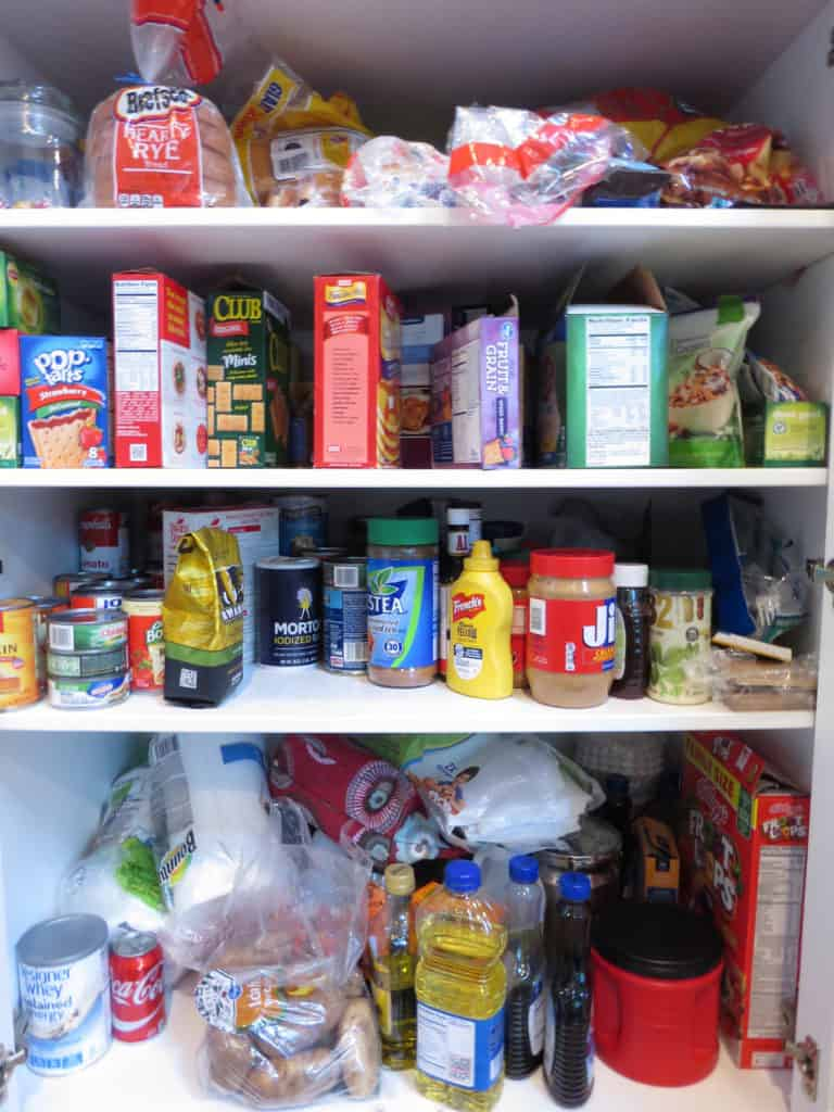 5 Easy Tips to Organize your Pantry on a Budget