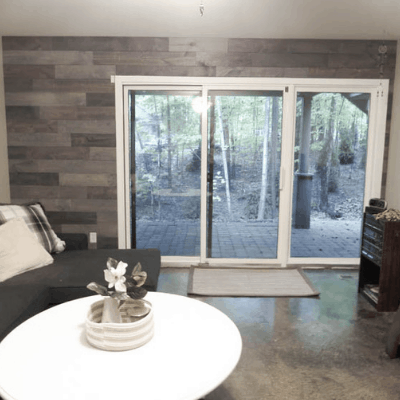 A complete tutorial on how to inexpensively install a reclaimed wood wall.