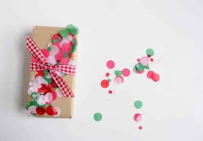 diy gift wrap ideas using mod lodge and confetti