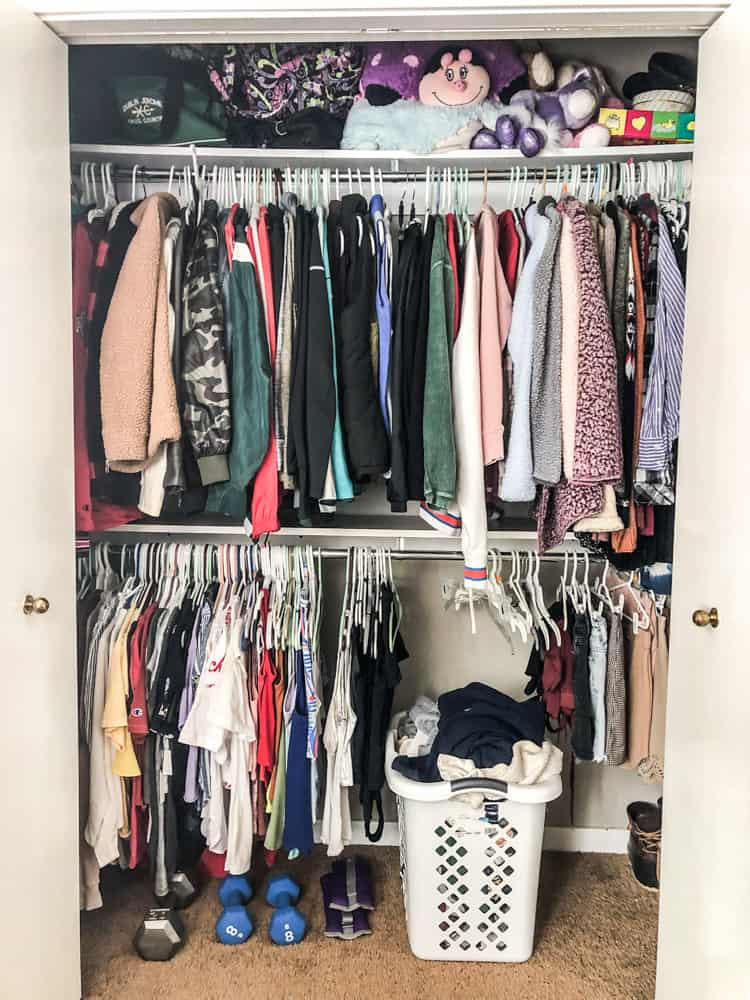 The right side with the shelf and new support! Great closet organization.
