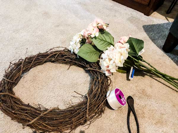 The materials needed for creating a hydrangea wreath.