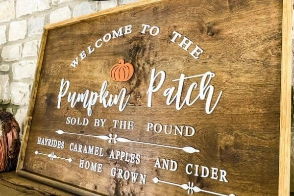 A sign that says welcome to the pumpkin patch.