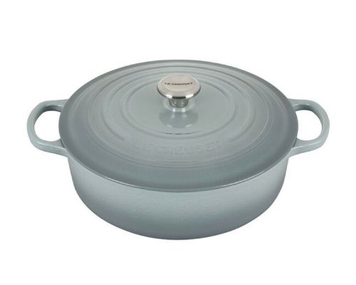 A Le Creuset Dutch Oven in pale gray.